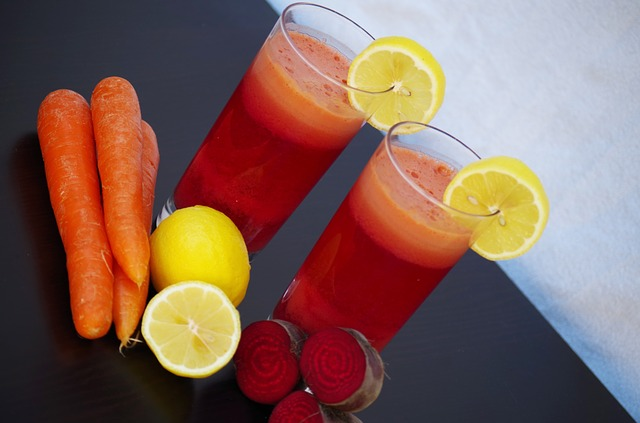 mrkvový nápoj s citronem