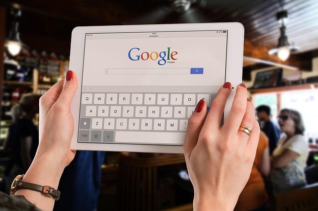 hledání přes google