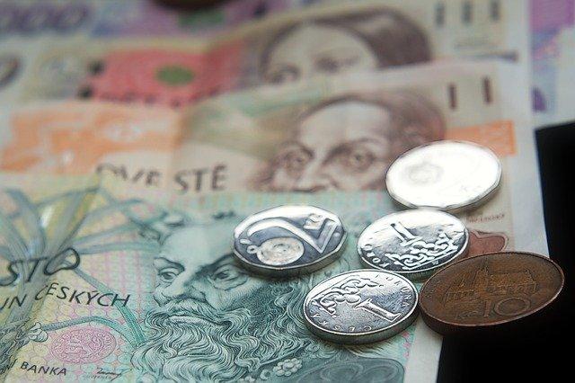 české bankovky.jpg