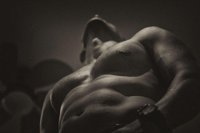 tělo muže