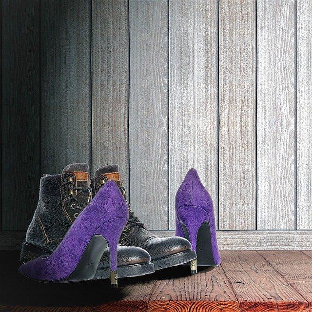 dva páry bot